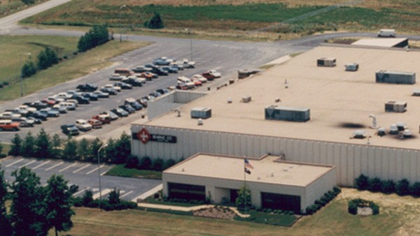 INA Plant 2 opens in Chesterfield, South Carolina, to manufacture tripod rollers to GM-Saginaw specifications for its FWD cars.